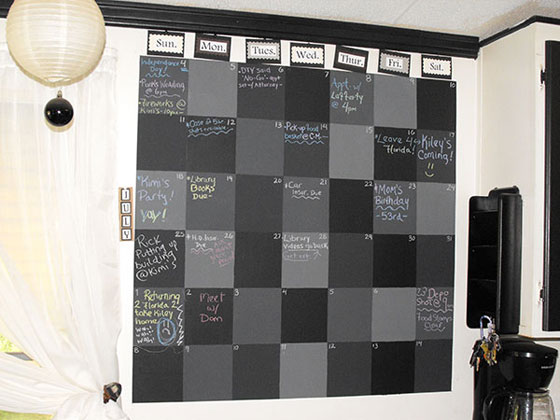 Chalkboard-Wall-Calendar Unique Calendar Designs 2013