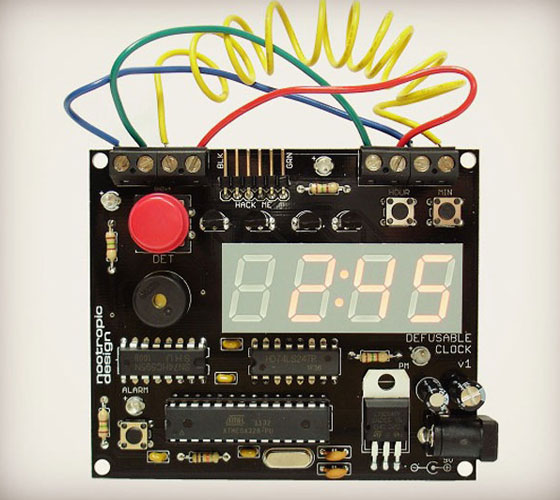 Defusable-Clock Clock Designs Inspiration