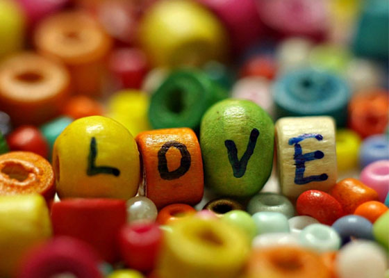 Love-beads Most Beautiful Valentines Wallpapers