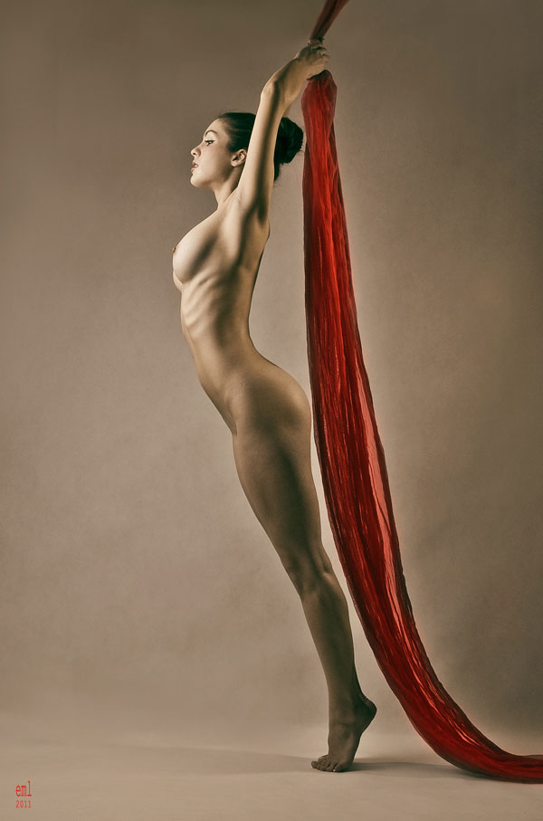 Thinline 35 Stunning Examples of Artistic Nude Photography