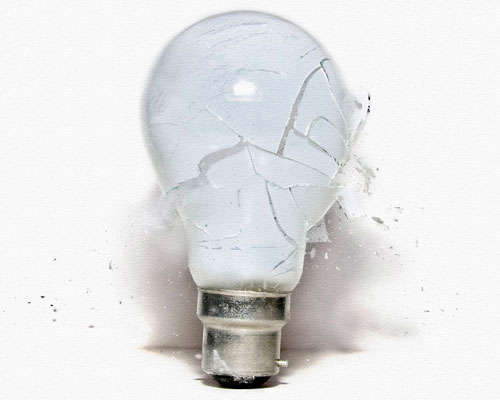 broken-light-bulb High-Speed Photography: 30 Fascinating Photography