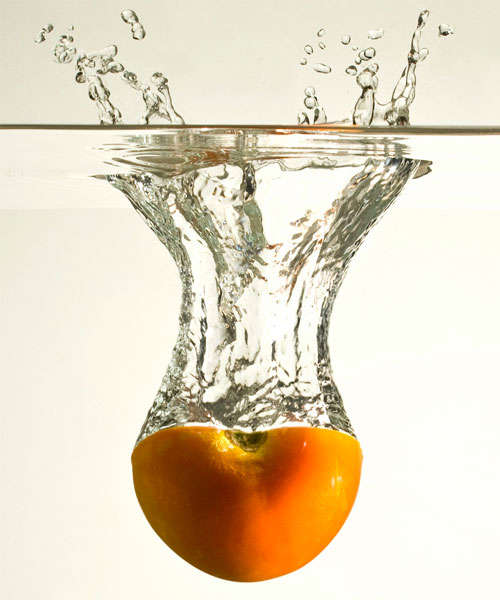 tomato-splash High-Speed Photography: 30 Fascinating Photography